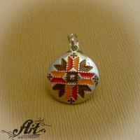 "Сребърен медальон с емайл  ""Шевица"" P-645"