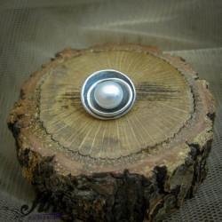 Сребърен медальон с перла P-0306