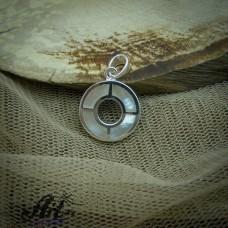 Сребърен медальон с бял седеф  P-0321
