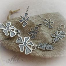 Дамски сребърен комплект без камъни