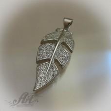 """Сребърен медальон с цирконий """" Перо"""""""