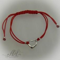 """Гривна с червен конец и сребро """" Сърце"""" B-035"""