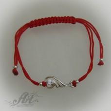 Гривна с червен конец и сребро B-042