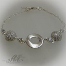 Сребърна гривна с цирконий B-075